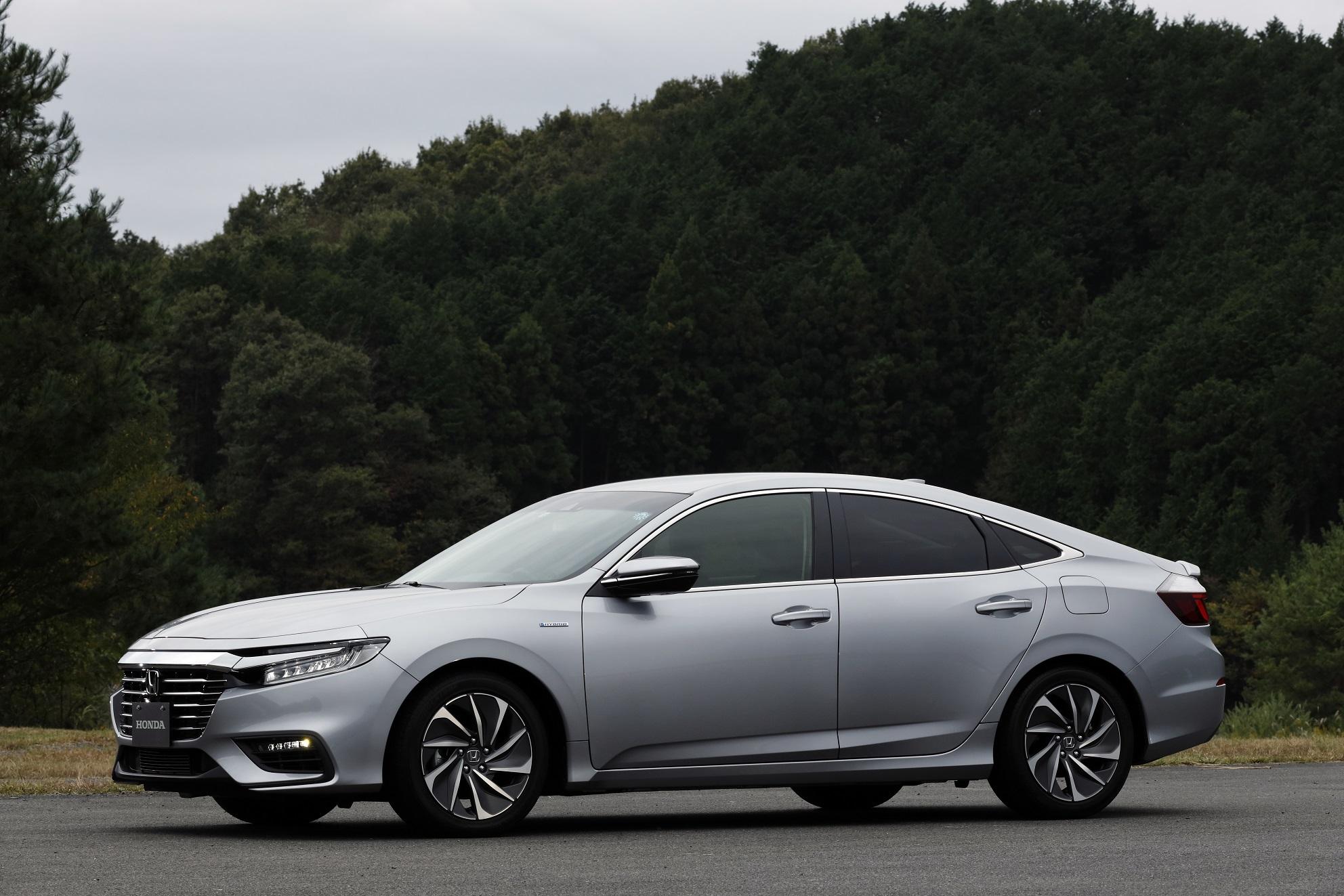TopGear | 2019 Honda Insight & CR-V Hybrid driven - no ...