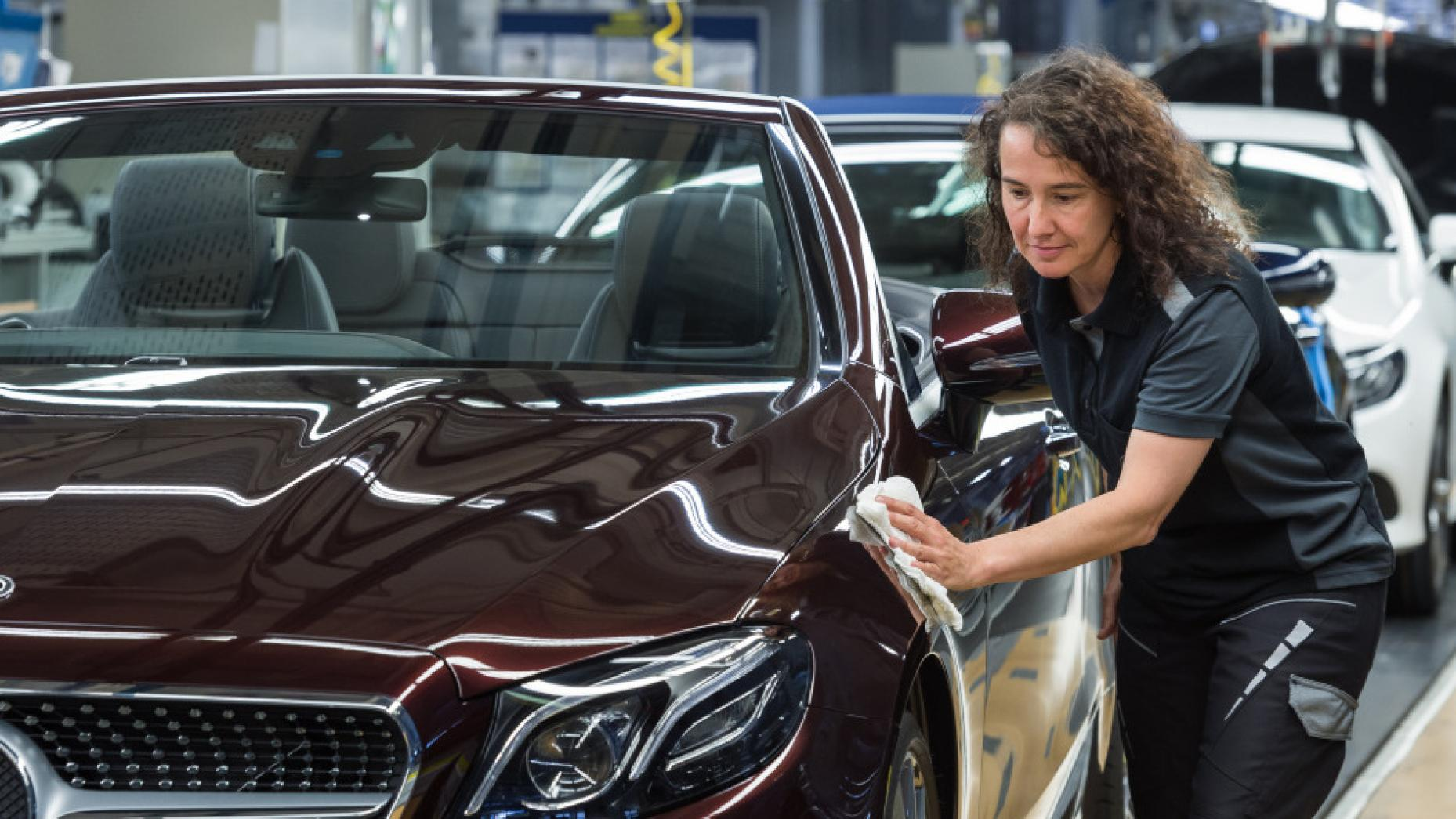 Where are Mercedes-Benzes built, and how many does it build a year?