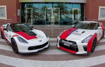 Dubai now has Nissan GT-R and C7 Corvette ambulances